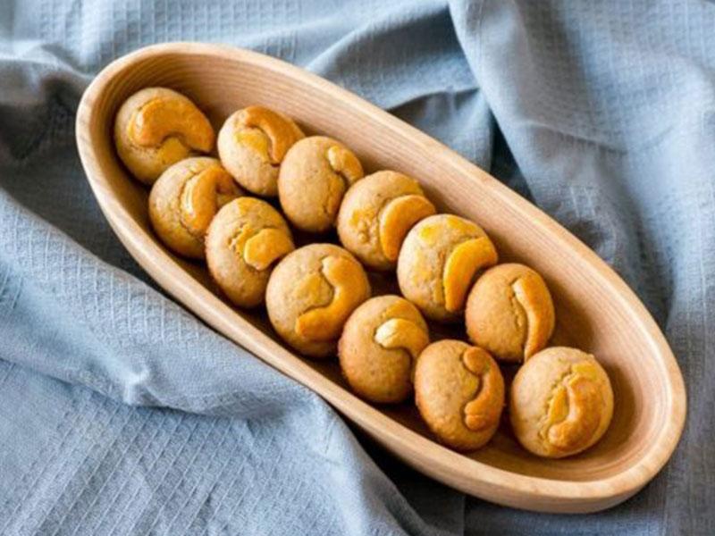 """Tiết lộ bí kiếp cách làm """"Bánh quy hạt điều"""" ngon đúng điệu"""